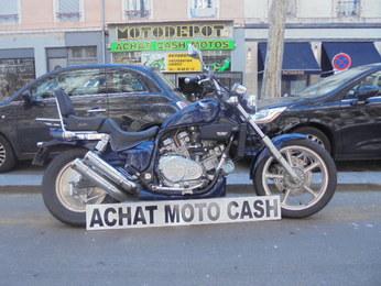 VFC 750 HONDA BLEU