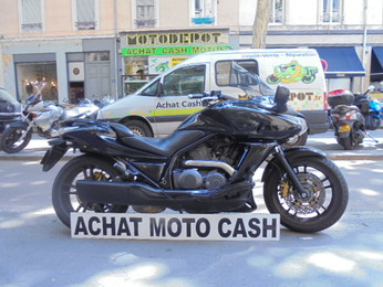 DN01 700 HONDA NOIR