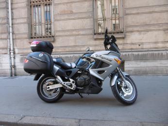 VARADERO 1000 HONDA GRIS